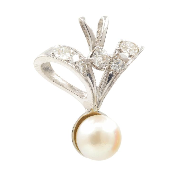 Classic Estate 10K White Gold European Diamond Pearl Drop Pendant - 0.35CTW