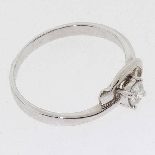 Exquisite Ladies 18k White Gold Diamond Ring Jewelry