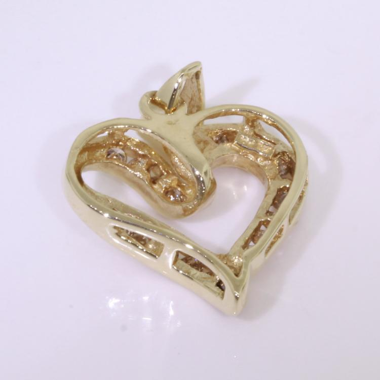 Retro Vintage Classic Estate 10K Yellow Gold Real Diamond Heart Pendant Jewelry
