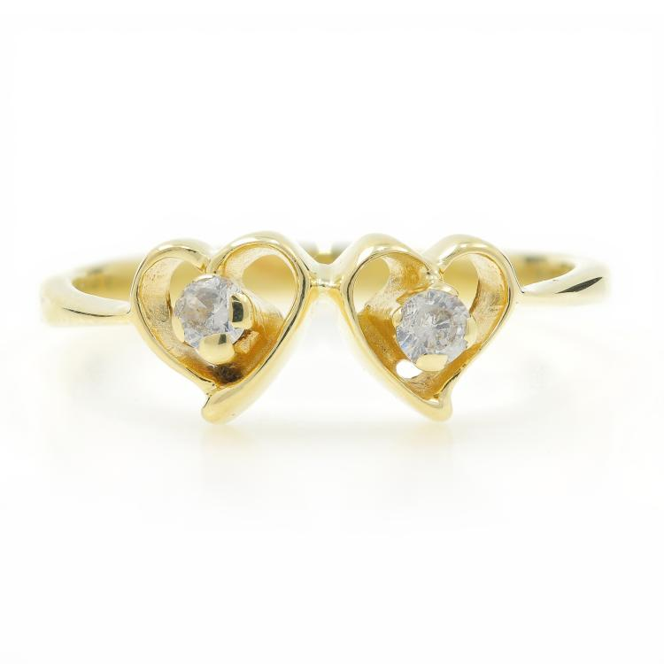 Charming Classic Estate Ladies 14K Yellow Gold Zirconia Double Heart Ring