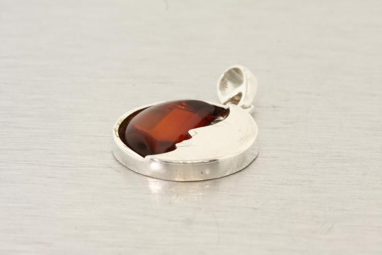 Modern Estate Ladies 925 Sterling Silver 35MM Unique Amber Half Moon Pendant