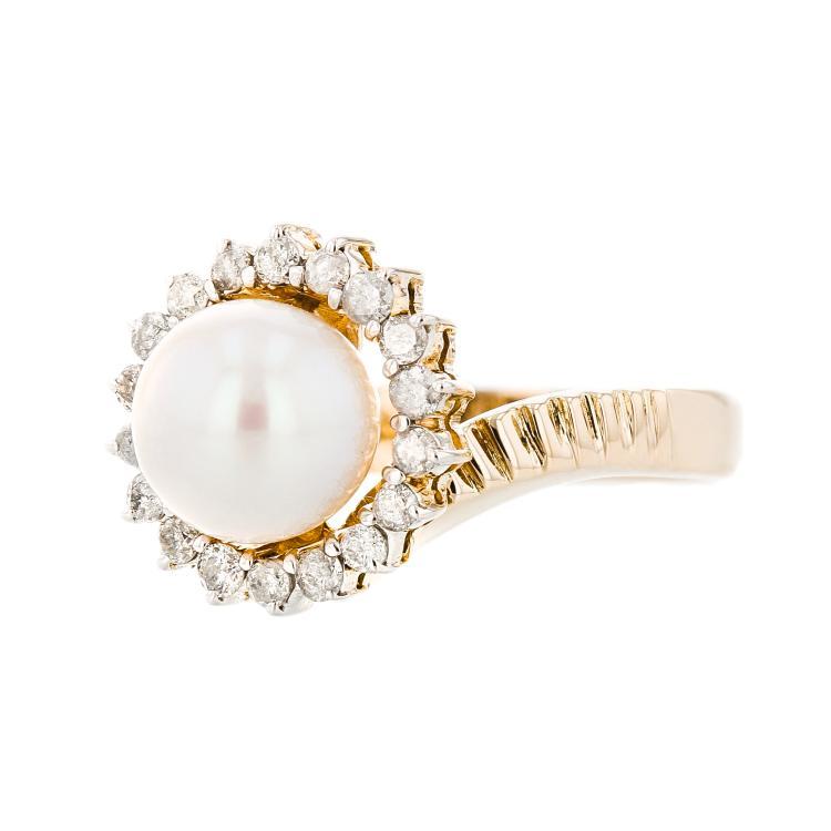 Exquisite Modern 14K Yellow Gold Pearl & Diamond Ladies Statement Ring - New