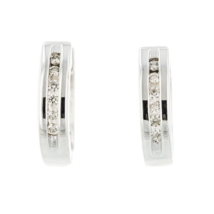 Elegant Modern Ladies 10K White Gold Diamond Huggie Hoops Earrings - Brand New