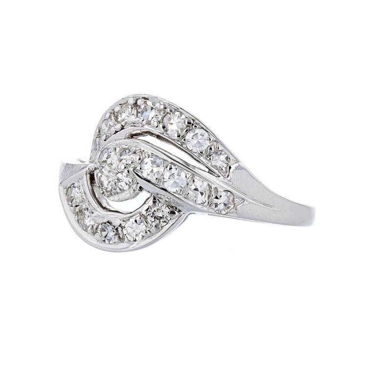 Stylish Modern 18K White Gold Ladies Diamond Swirl Ring - Brand New