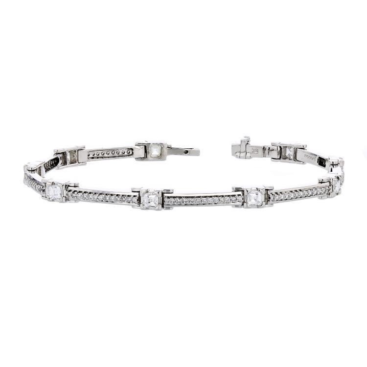 Stylish Modern Ladies 18K White Gold Diamond Bracelet - 1.92CTW - New