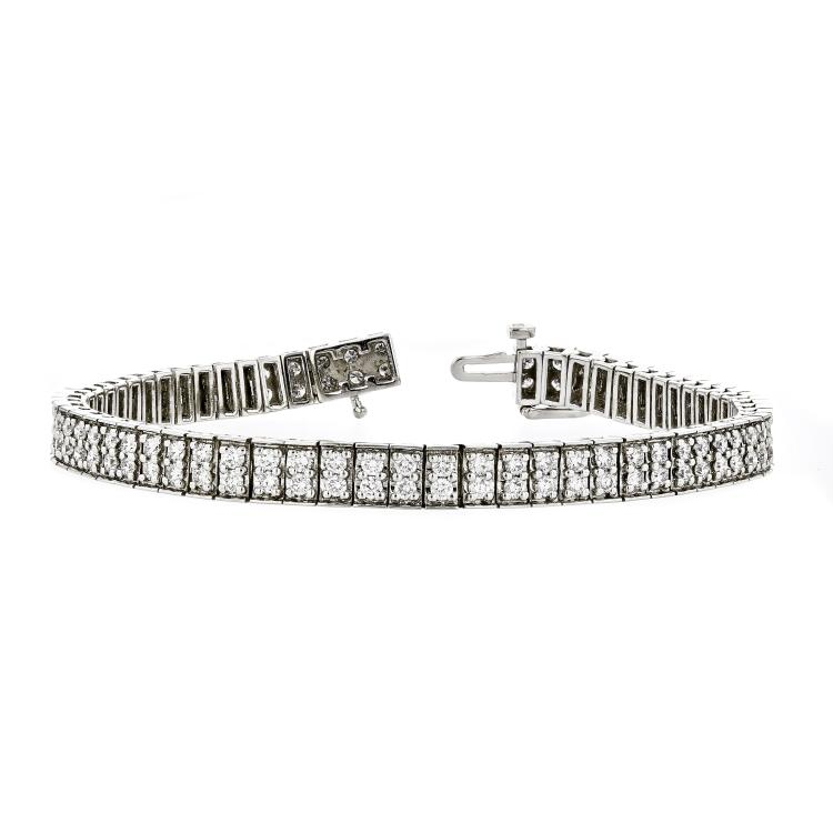 Gorgeous Modern 14K White Gold Ladies Diamond Bracelet - 2.72CTW - New