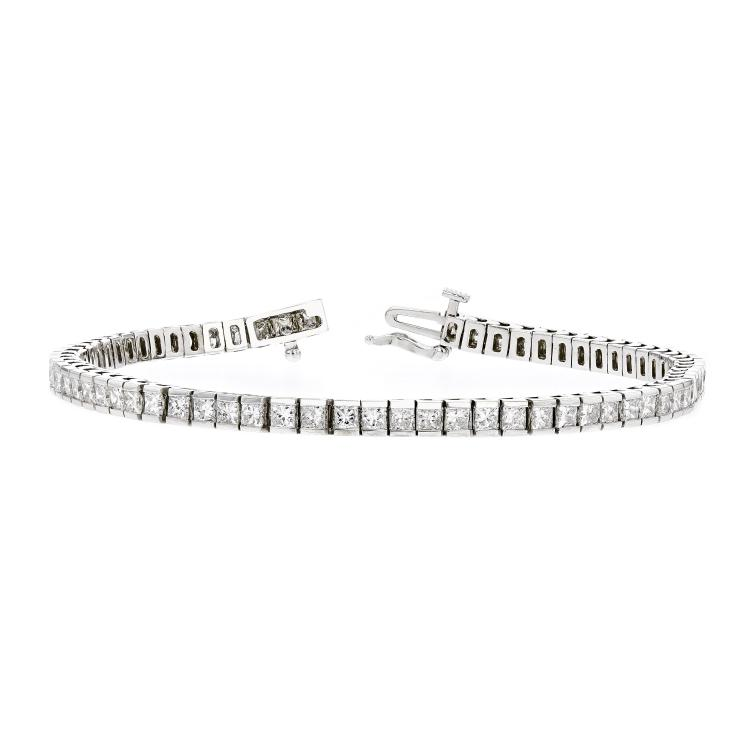 Exquisite Modern 14K White Gold Ladies Diamond Tennis Bracelet - 5.71CTW - New