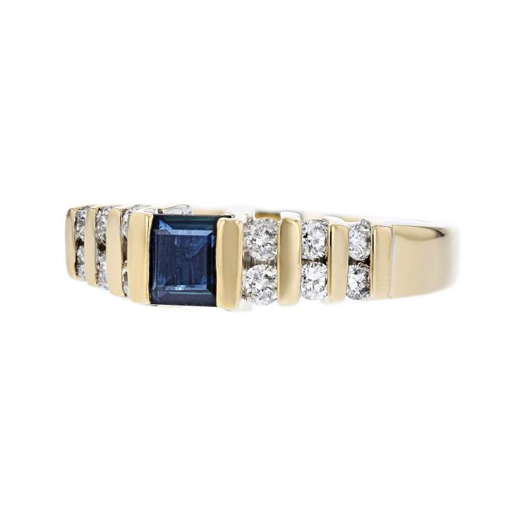 Stylish Modern 14K Yellow Gold Diamond & Blue Sapphire Ladies Ring - Brand New