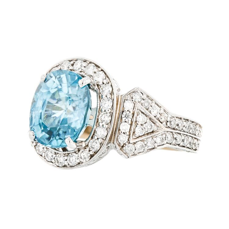 Gorgeous Modern 18K White Gold Diamond (1.65 CTW) & Blue Zircon Ladies Ring - Brand New