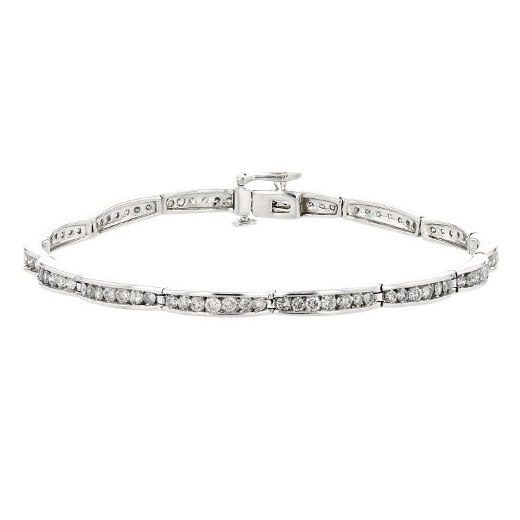 Charming Modern 14K White Gold Women's Diamond Bracelet 1.98CTW - Brand New