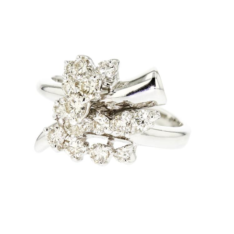 Gorgeous Modern 14K White Gold Women's Diamond Ring - Brand New