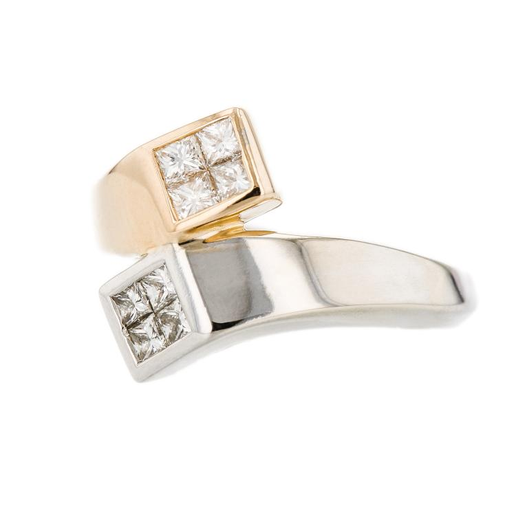 Charming Modern 14K White & Yellow Diamond Women's Ring - Brand New
