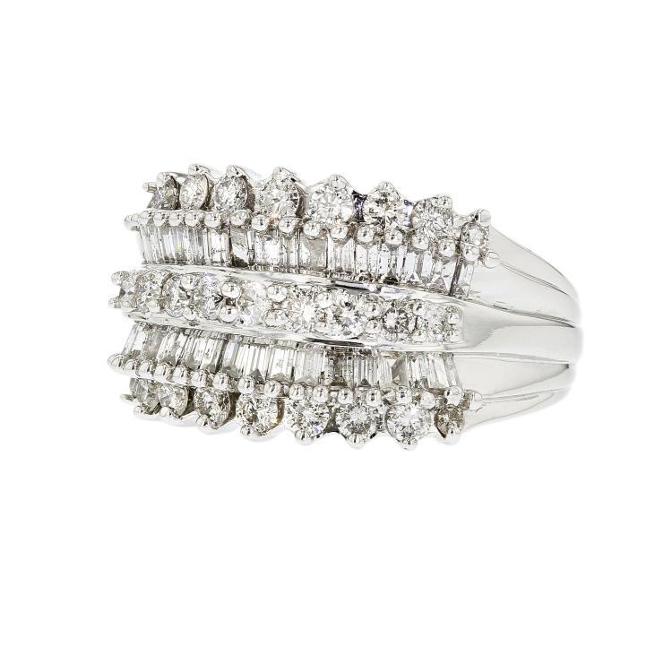 Stunning Modern 14K White Gold Women's Stylish Diamond Ring - Brand New