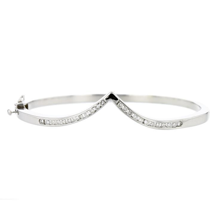 Elegant 14K White Gold Sparkling Diamond Women's Bangle Bracelet - Brand New