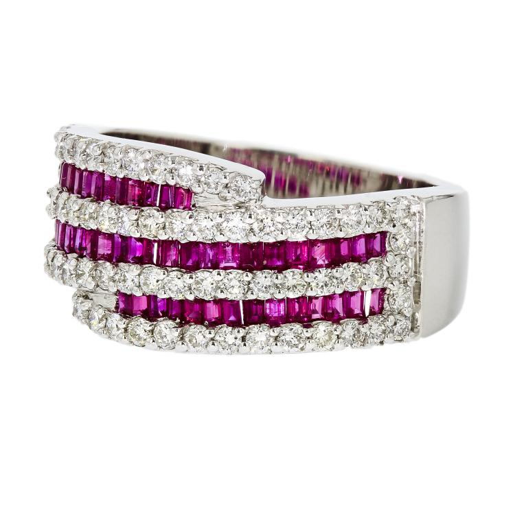 Elegant Modern 18K White Gold Women's Diamond & Ruby Ring - Brand New
