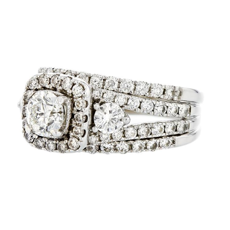 Exquisite 14K White Gold Women's Sparkling Diamond Ring 2.07CTW - Brand New