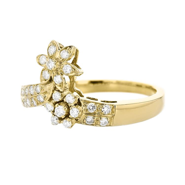 Charming Flower-Shaped 18K Yellow Gold Women's Diamond Ring - Brand New
