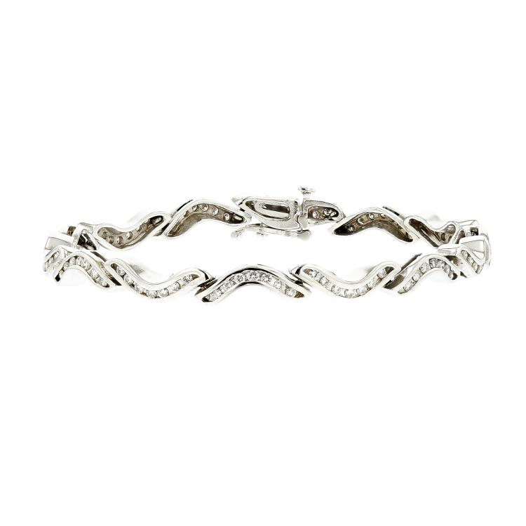 Stylish & Unique 14K White Gold Women's Diamond Bracelet 1.00CTW - Brand New
