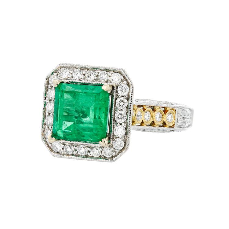 Gorgeous 18K White & Yellow Gold Diamond & Emerald Women's Ring - Brand New