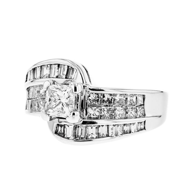 Stylish Modern 14K White Gold Women's Diamond Ring - Brand New