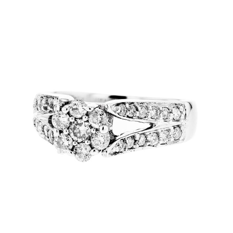 Charming Modern 14K White Gold Women's Diamond Ring - Brand New