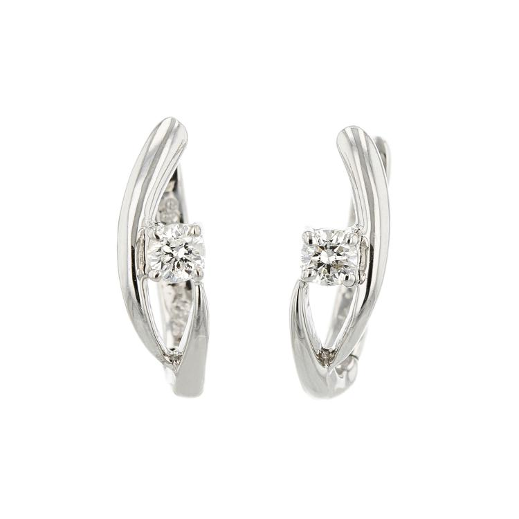 Stylish 14K White Gold Womens Modern Diamond Earrings - Brand New