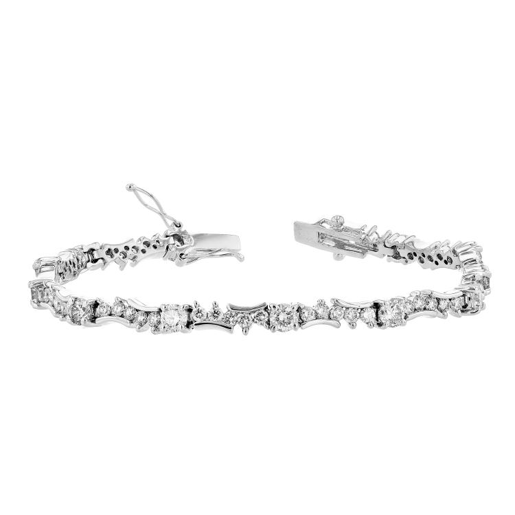 Modern 14K White Gold Diamond Luxurious Women's Bracelet 4.94CTW - Brand New
