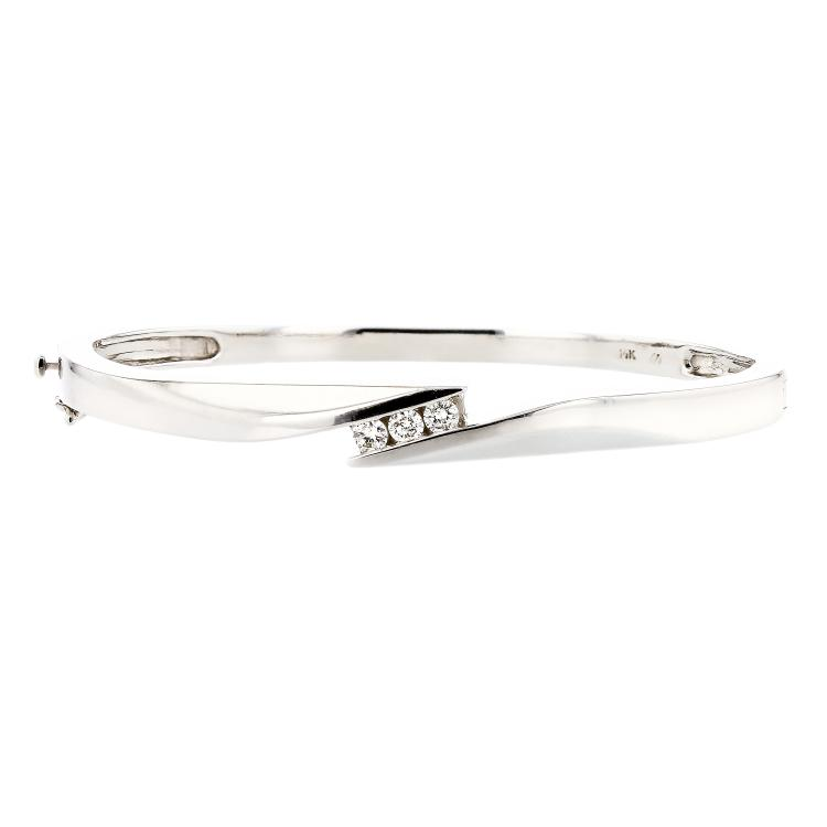 Modern & Elegant 14K White Gold Women's Diamond Bracelet Bangle - Brand New