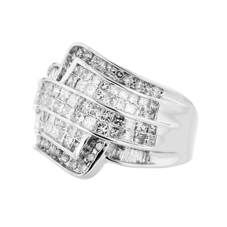Exquisite 14K White Gold Diamond 2.03CTW Women's Ring - Brand New
