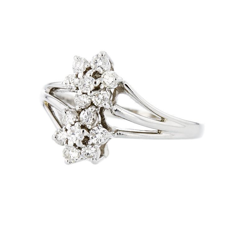 Exquisite Modern 14K White Gold Women's Diamond Ring - Brand New