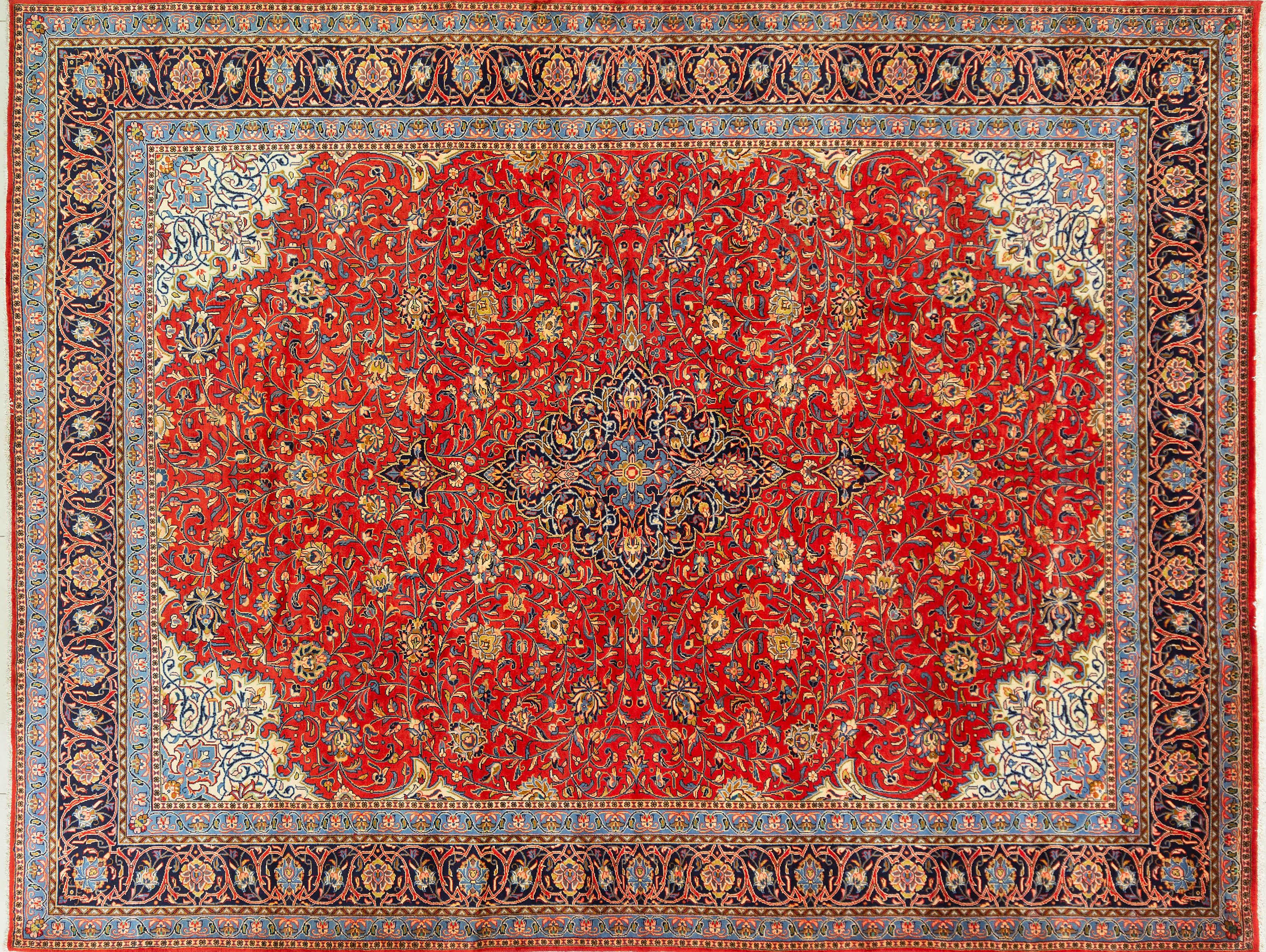 A Persian Hand Knotted Sarough Carpet, 392 x 300
