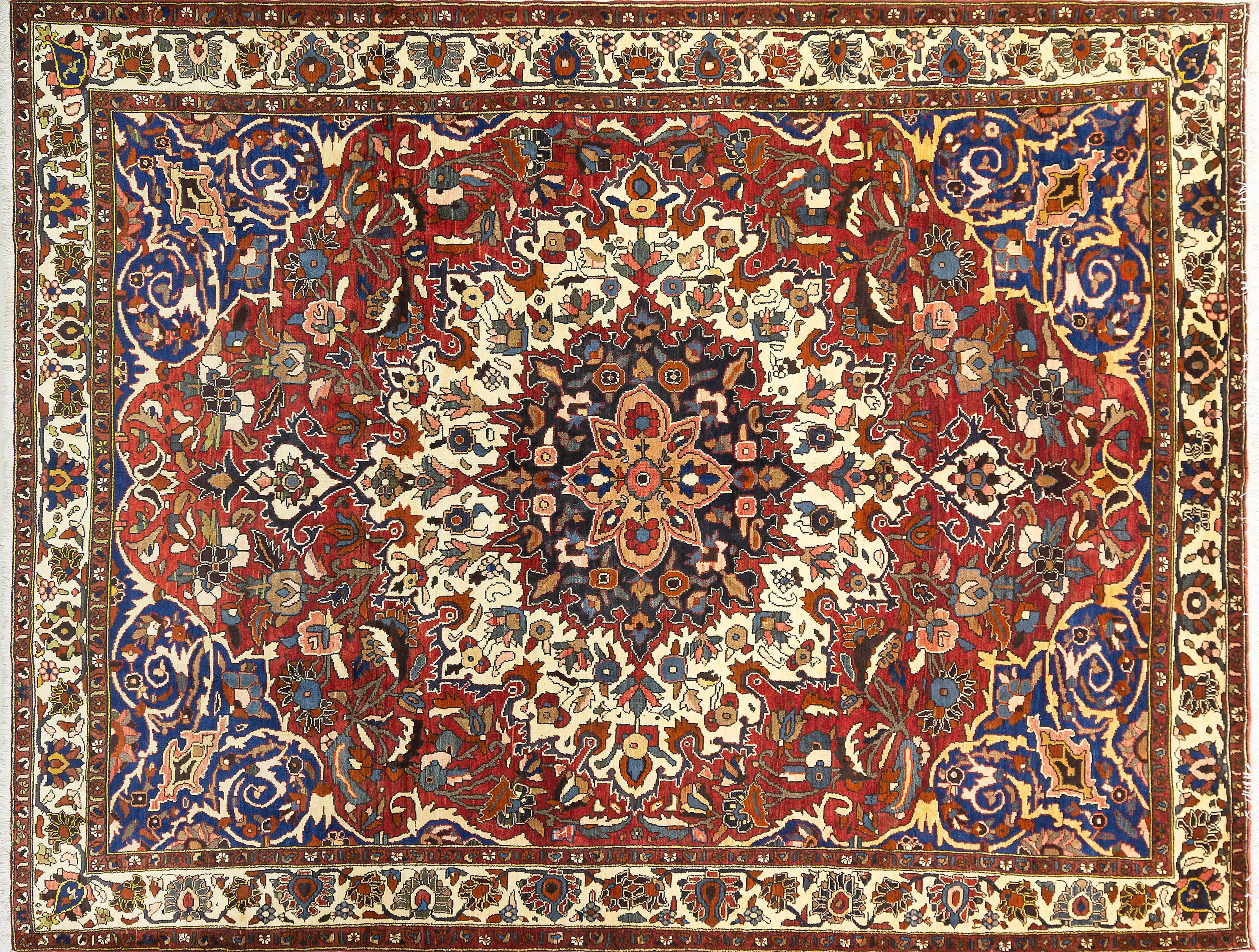 A Persian Hand Knotted Bakhtiari Carpet, 327 x 255