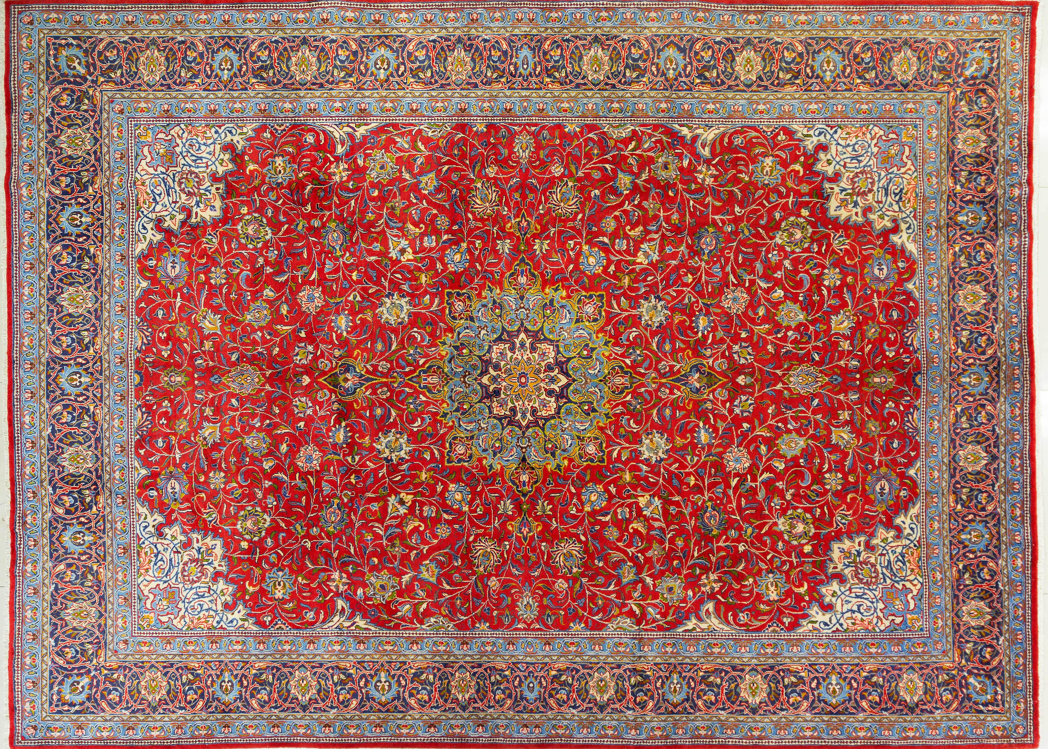 A Persian Hand Knotted Sarough Carpet, 407 x 300