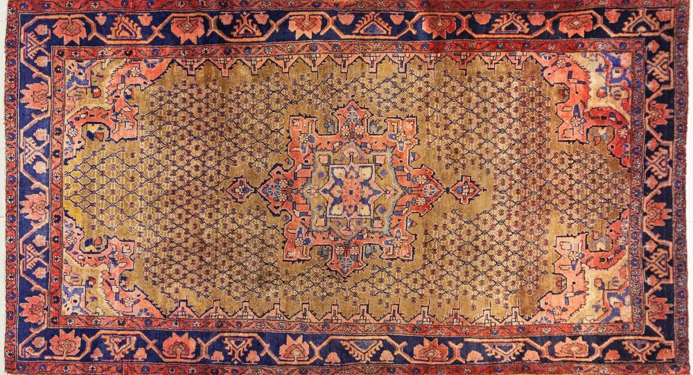 A Persian Hand Knotted Koliayi Rug, 280 x 162