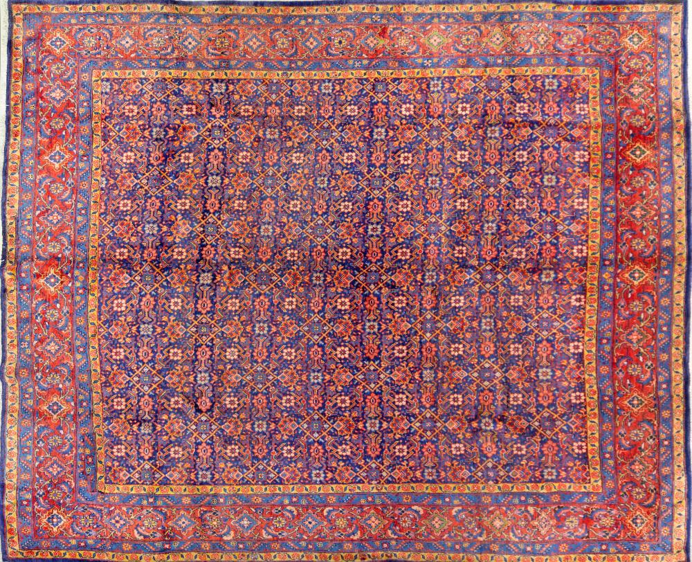 A Persian Hand Knotted Mahal Carpet, 367 x 302