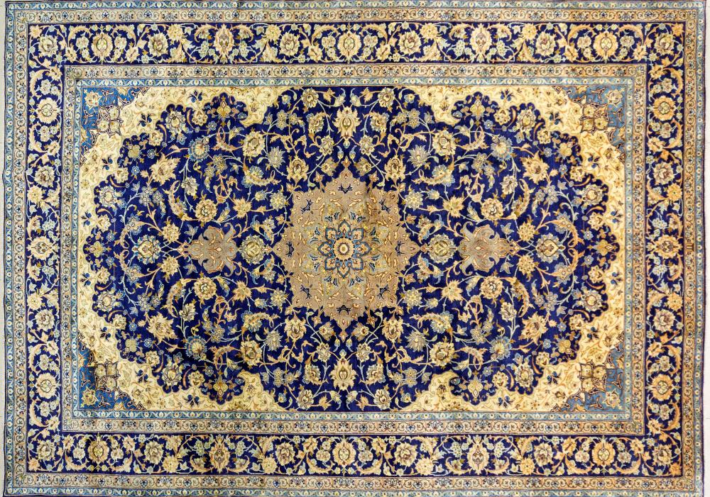 A Persian Hand Knotted Najafabad Carpet, 410 x 292