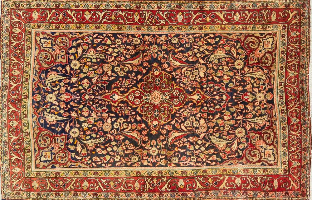 A Persian Hand Knotted Zanjan Rug, 155 x 100