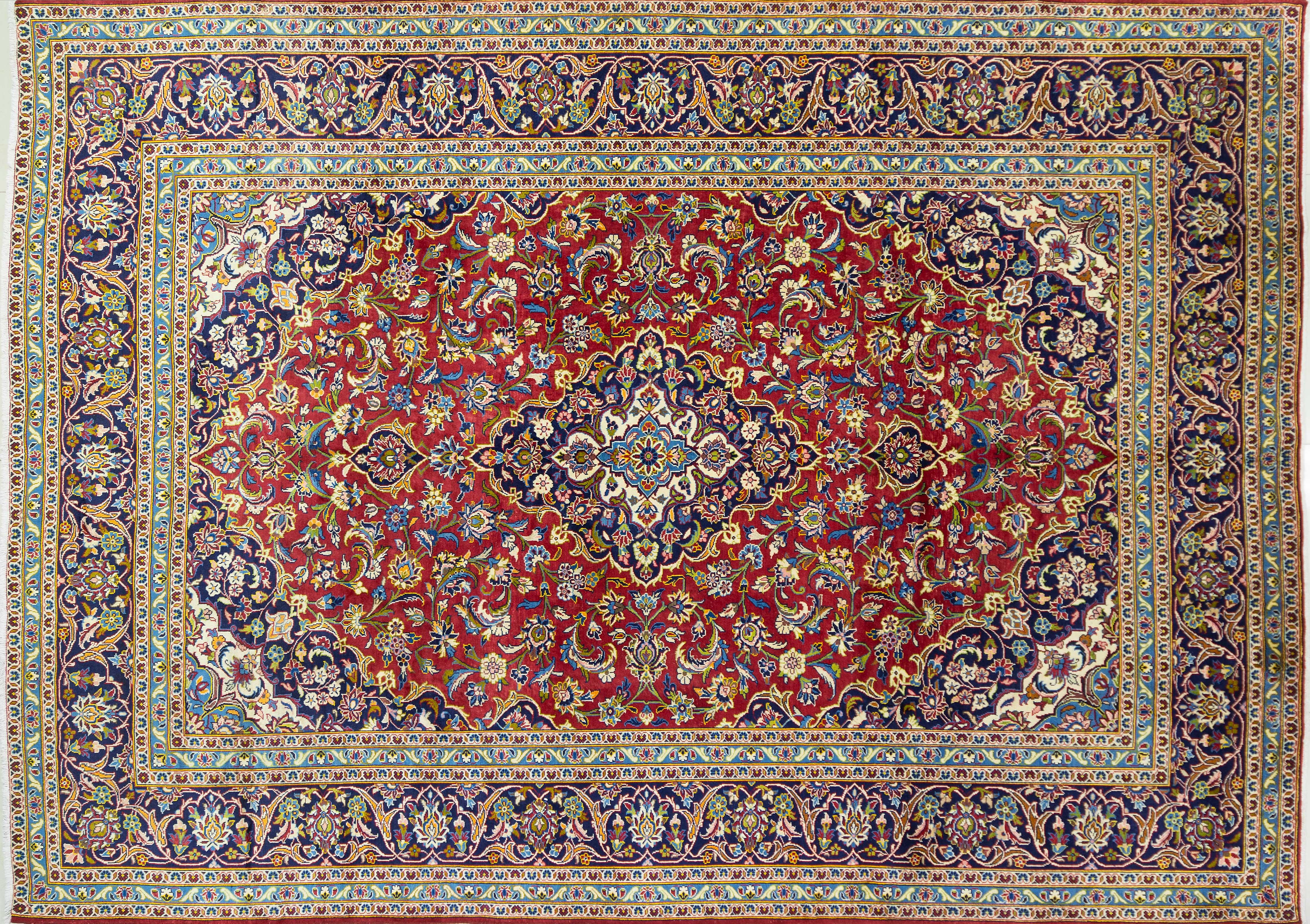 A Persian Hand Knotted Kashan Carpet, 390 x 283