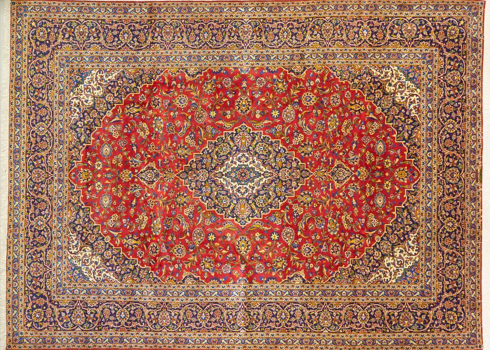 A Persian Hand Knotted Kashan Carpet, 387 x 287