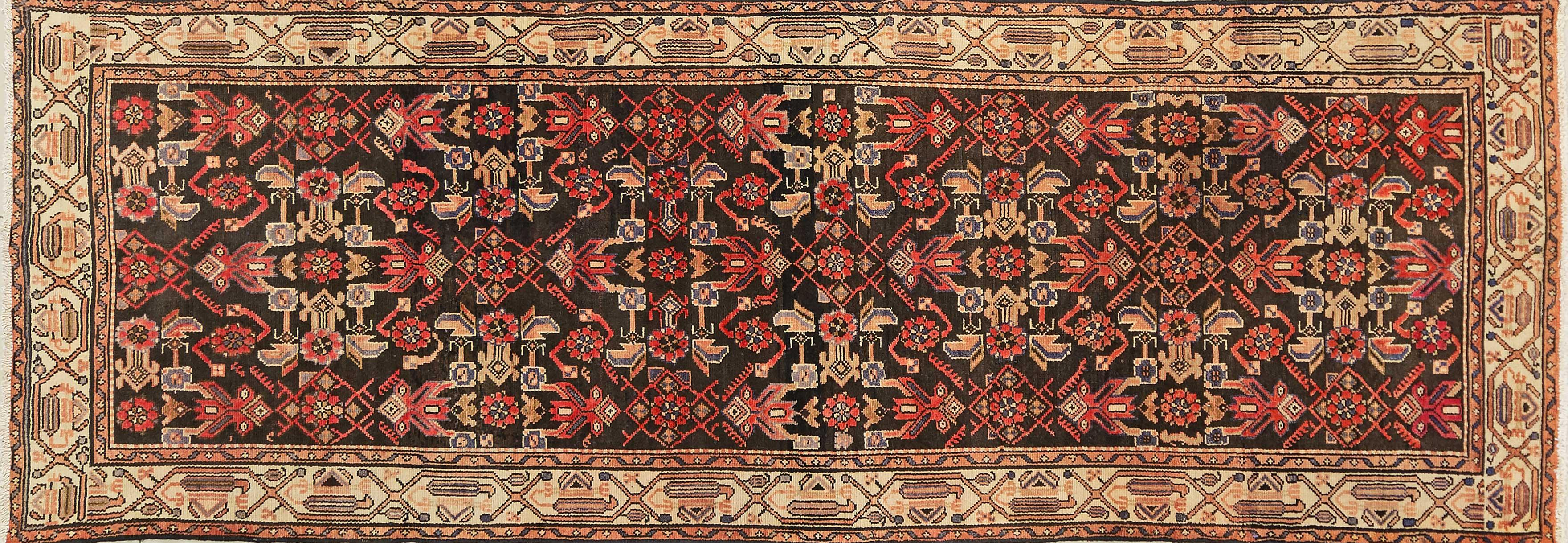 A Persian Hand Knotted Hamadan Runner, 310 x 105