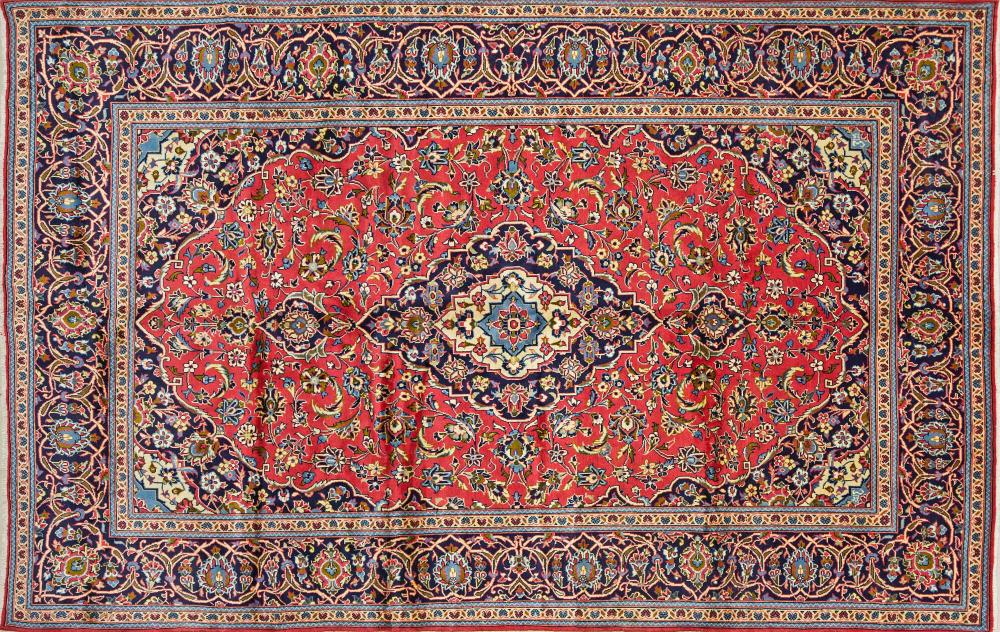A Persian Hand Knotted Ardakan Carpet, 308 x 200