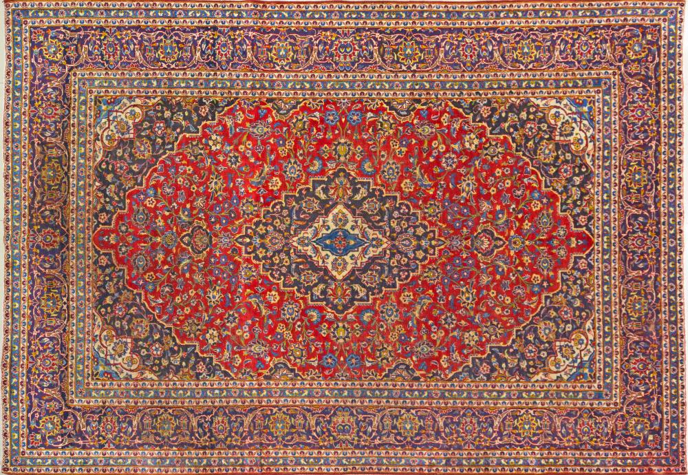 A Persian Hand Knotted Kashan Carpet, 391 x 274