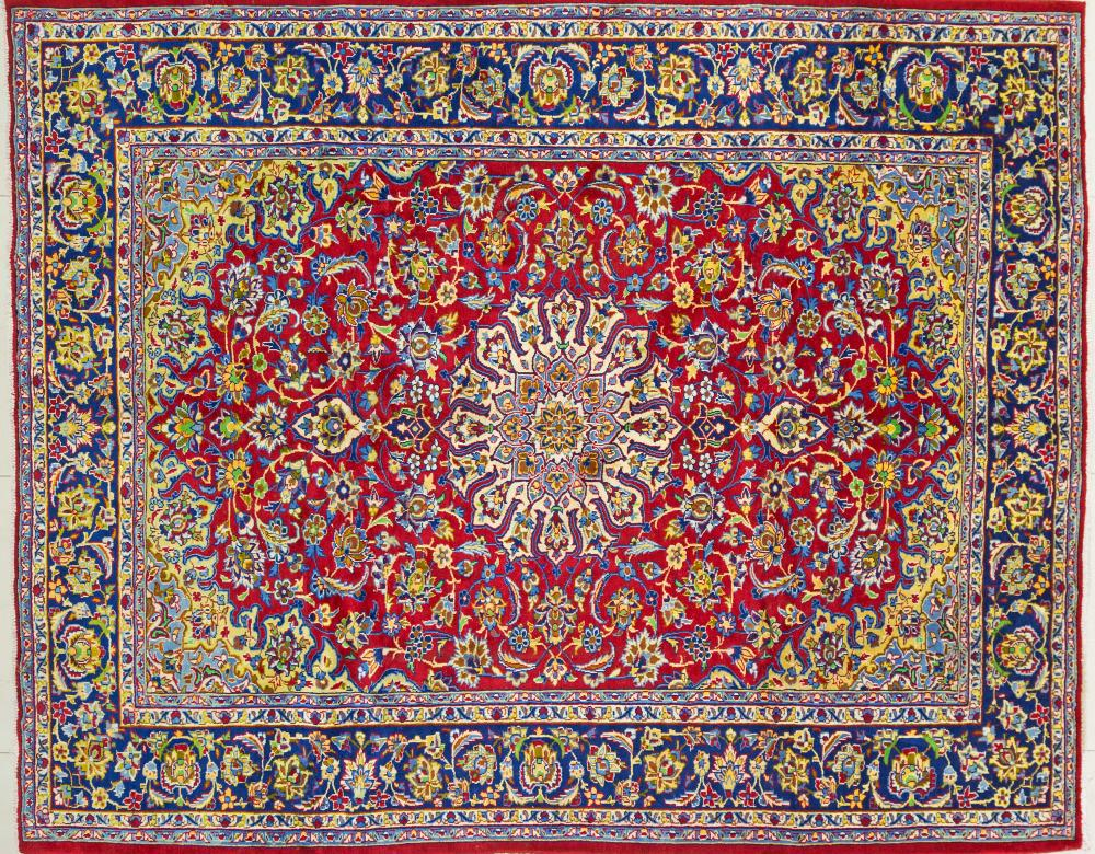 A Persian Hand Knotted Najafabad Carpet, 315 x 250