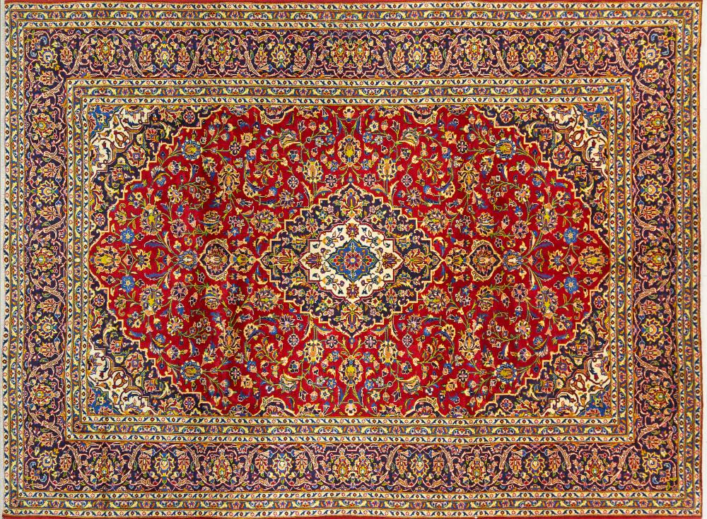 A Persian Hand Knotted Kashan Carpet, 337 x 257