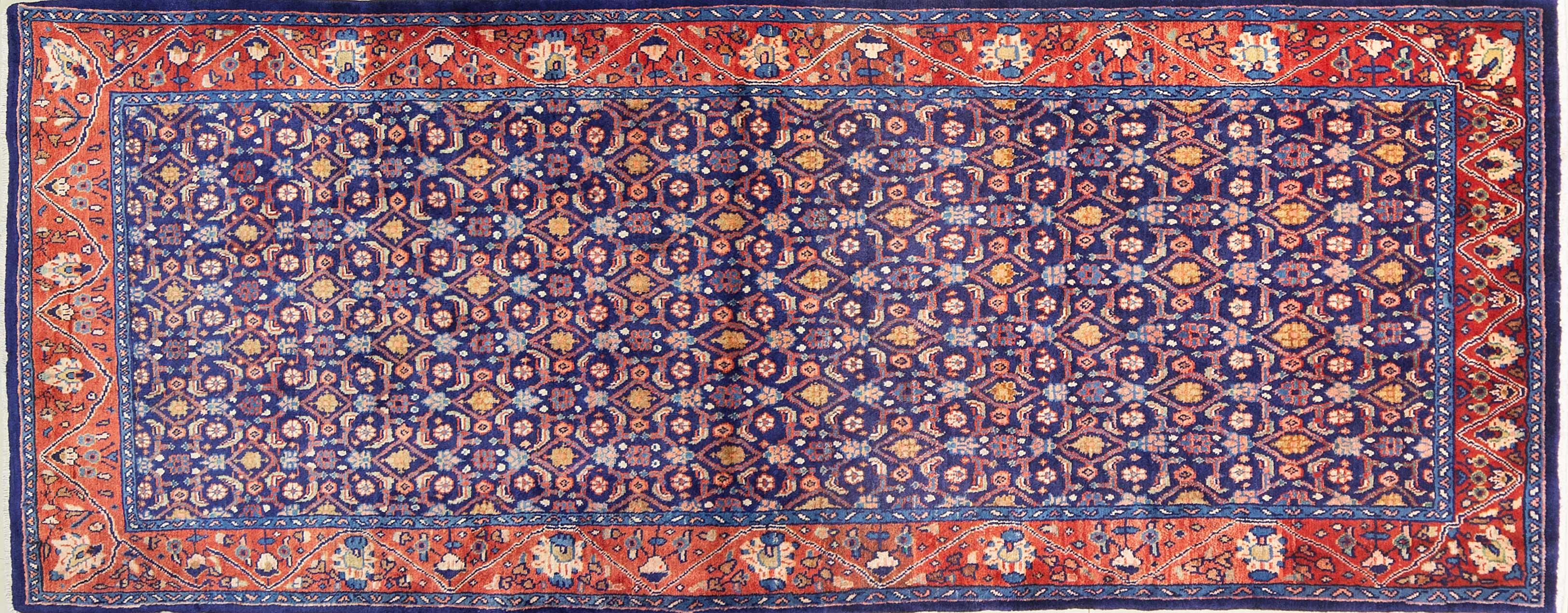 A Persian Hand Knotted Mahal Runner, 283 x 110