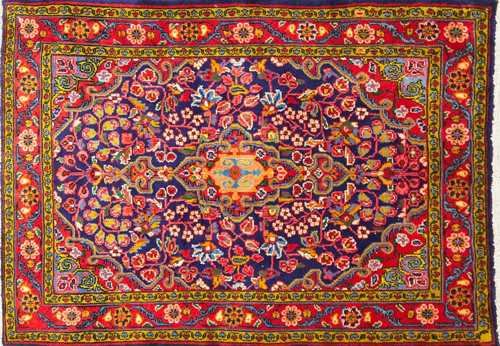 A Persian Hand Knotted Hamadan Rug, 145 x 100