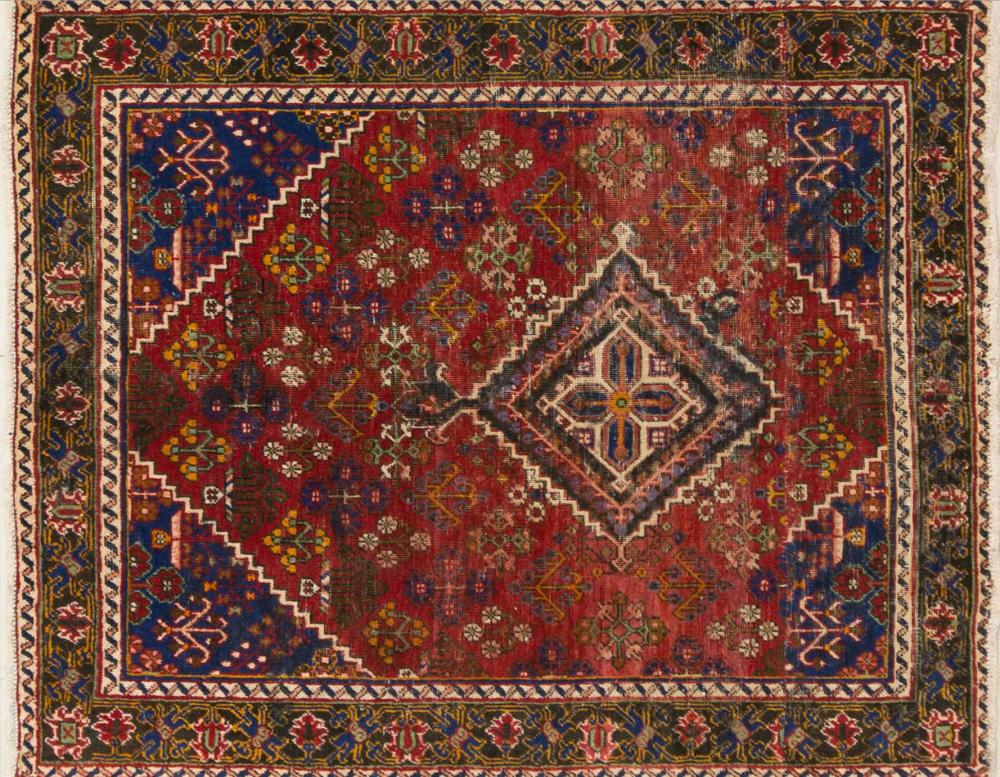 A Persian Hand Knotted Joshegan Rug, 160 x 127
