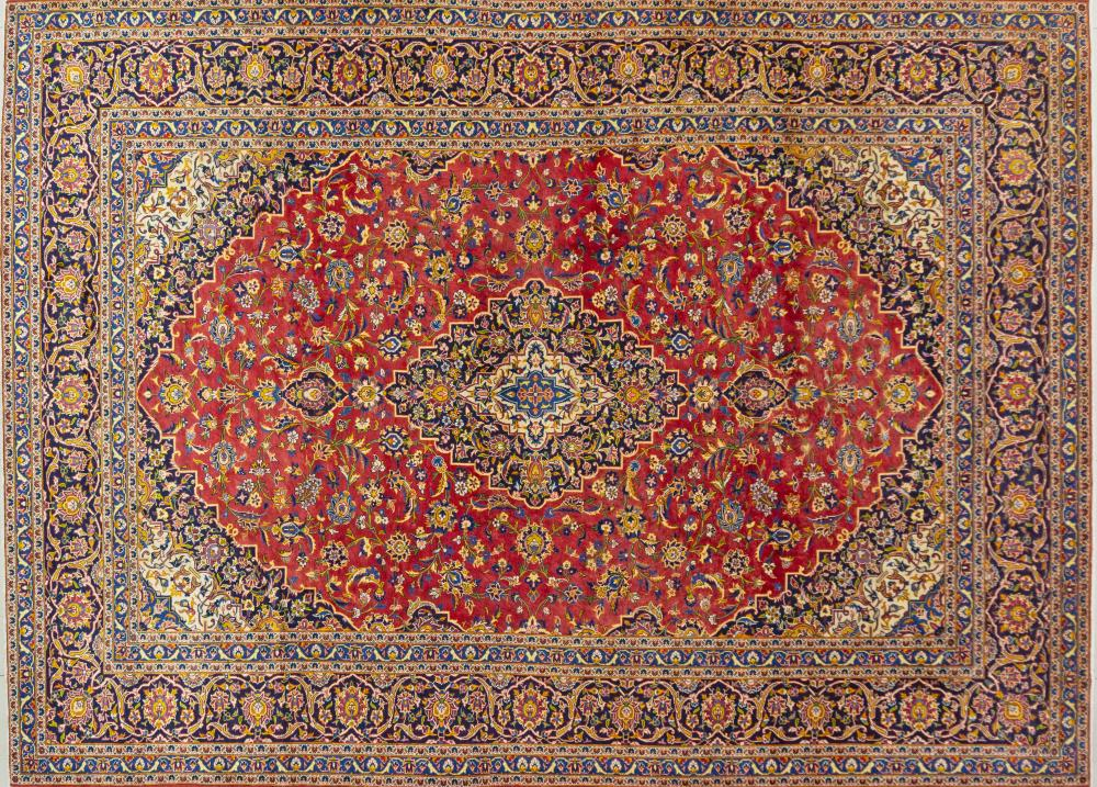 A Persian Hand Knotted Kashan Carpet, 406 X 290