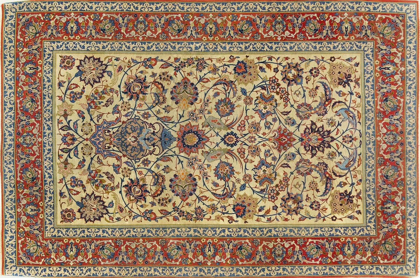 A Persian Hand Knotted Wool and Silk Isfahan Rug, 152 X 102
