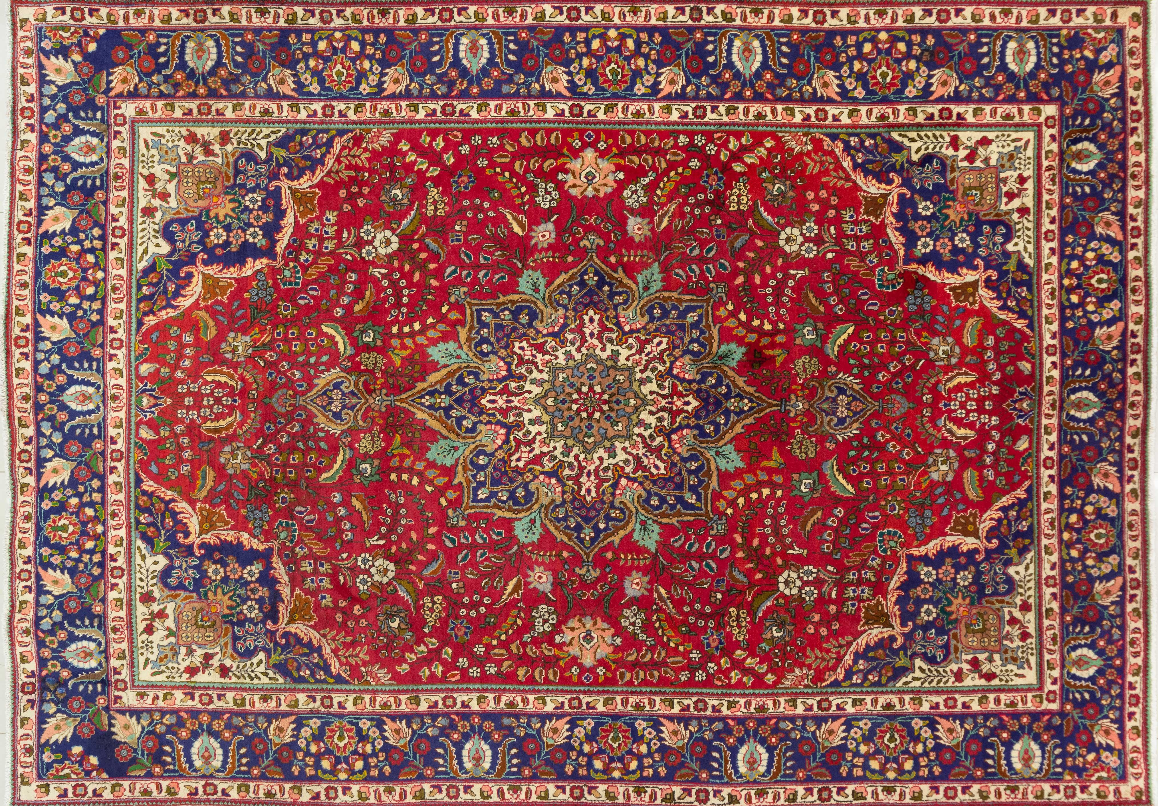 A Persian Had Knotted Tabriz Carpet, 350 X 247